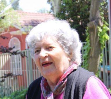 Comunicamos el sensible fallecimiento de Madame Hélène Giroux